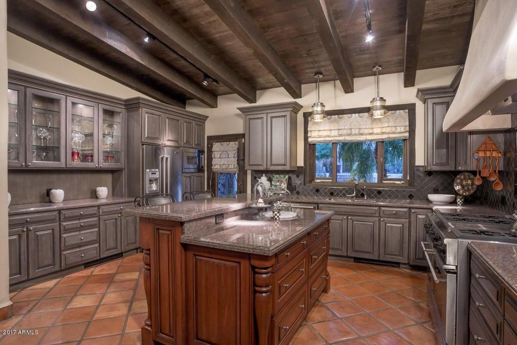 Additional photo for property listing at 5819 E Jean Avenue  Phoenix, Arizona,85018 United States