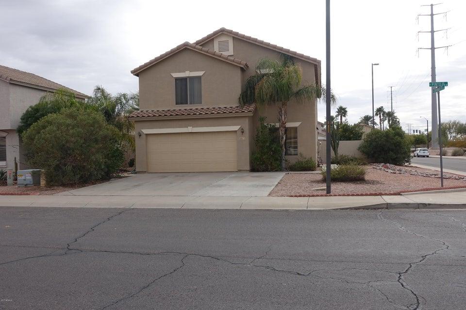 2011 E PINTO Drive, Gilbert, AZ 85296