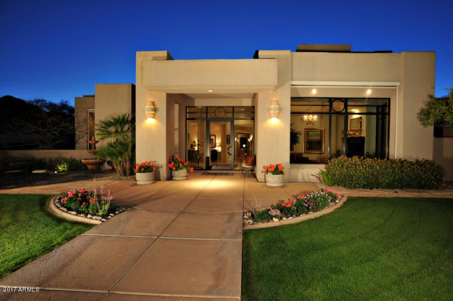 8040 N RIDGEVIEW Drive, Paradise Valley, AZ 85253