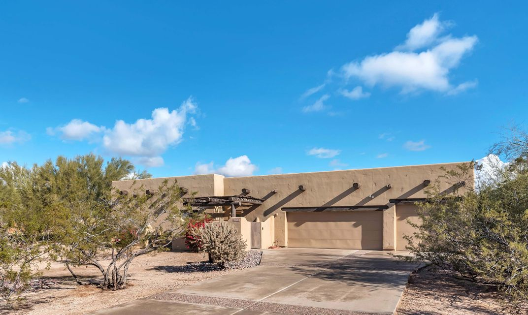 MLS 5551577 8222 E JUAN TABO Road, Scottsdale, AZ 85255 Scottsdale AZ Pinnacle Peak Estates
