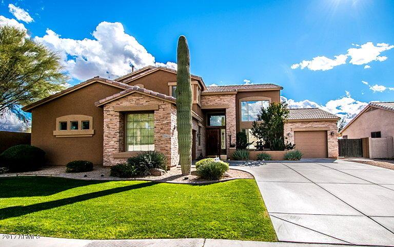 2241 E PALM BEACH Drive, Chandler, AZ 85249