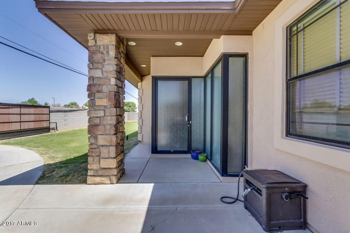1227 N RECKER Road, Gilbert, AZ 85234