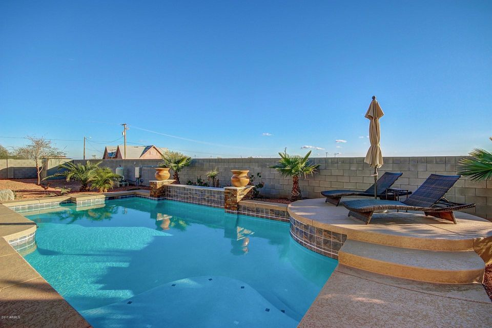 25215 N 183RD Avenue, Wittmann, AZ 85361