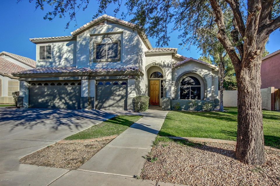 694 W ESTRELLA Drive, Gilbert, AZ 85233