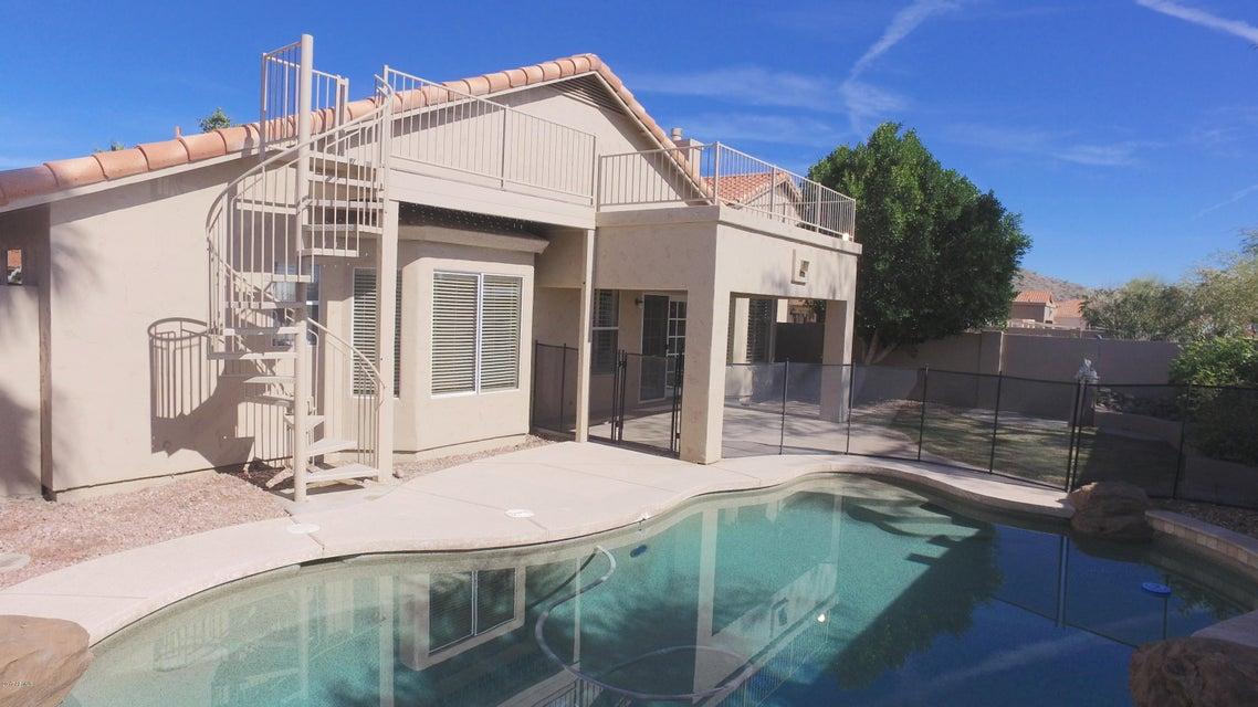 1533 E WINDSONG Drive, Phoenix, AZ 85048