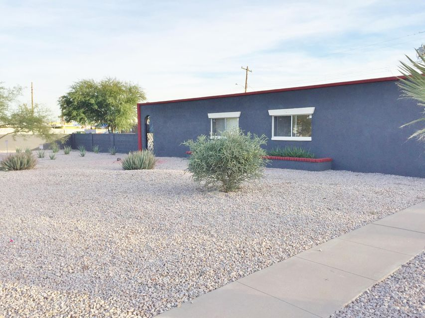1717 E ALMERIA Road, Phoenix, AZ 85006