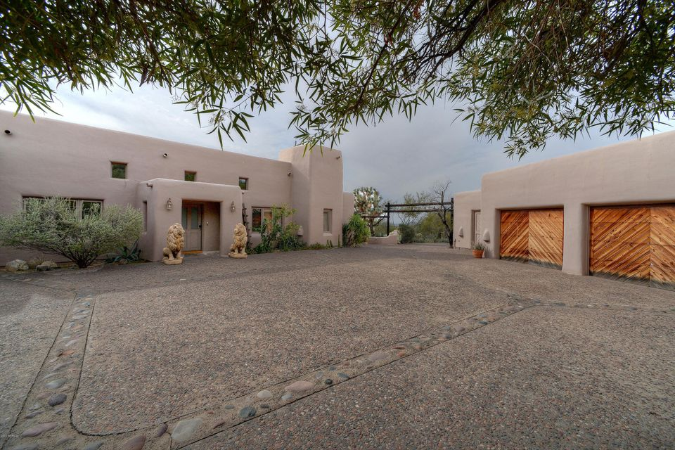 6320 E OLD PAINT Trail, Cave Creek AZ 85331