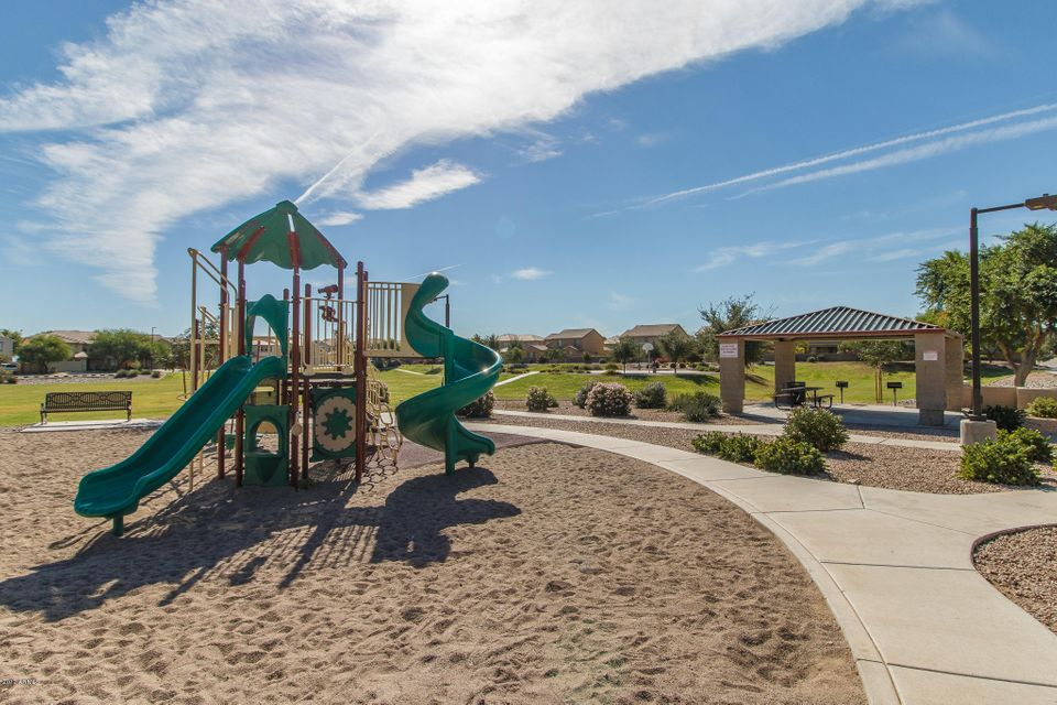 MLS 5559387 696 W MESQUITE TREE Lane, San Tan Valley, AZ Skyline Ranch AZ Eco-Friendly