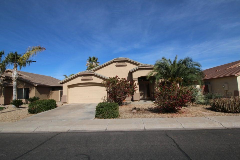 2102 E RAWHIDE Street, Gilbert, AZ 85296