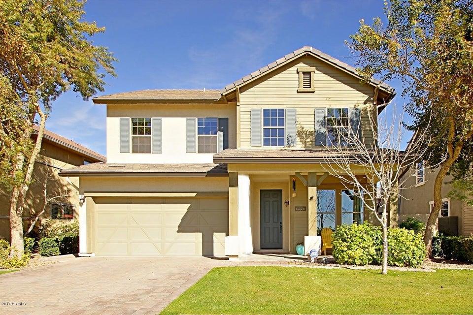 3550 E RAWHIDE Street, Gilbert, AZ 85296