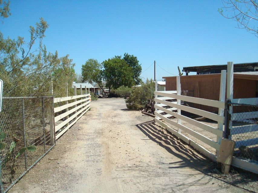 8025 S Sahuaro Street, Phoenix, AZ 85042
