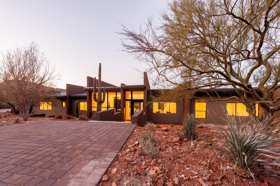 4700 E CHARLES Drive, Paradise Valley, AZ 85253