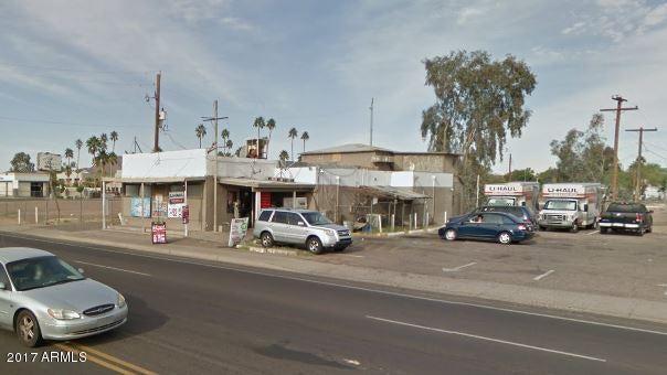 907 N 32ND Street N, Phoenix, AZ 85008