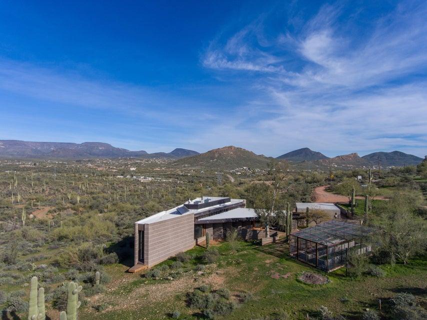 1114 W Circle Mountain Rd, New River, AZ 85087