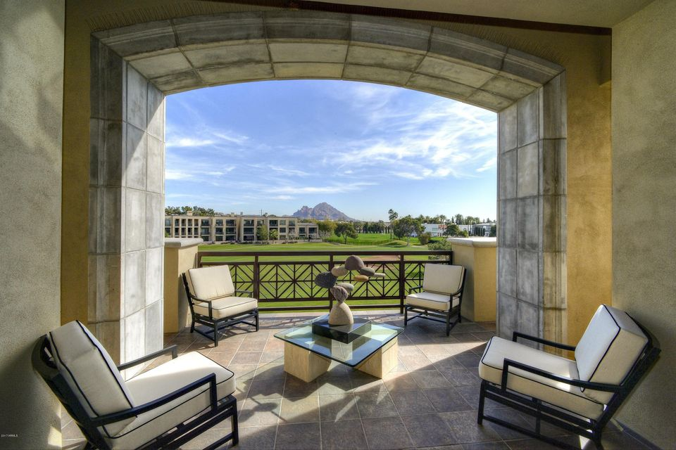 Photo of 2 E BILTMORE Estate #312, Phoenix, AZ 85016