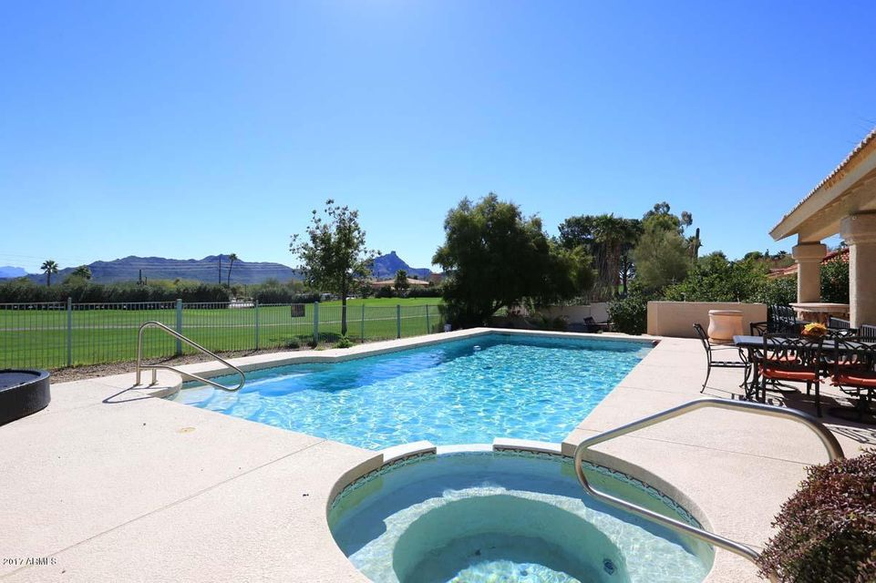 10251 N NICKLAUS Drive, Fountain Hills, AZ 85268