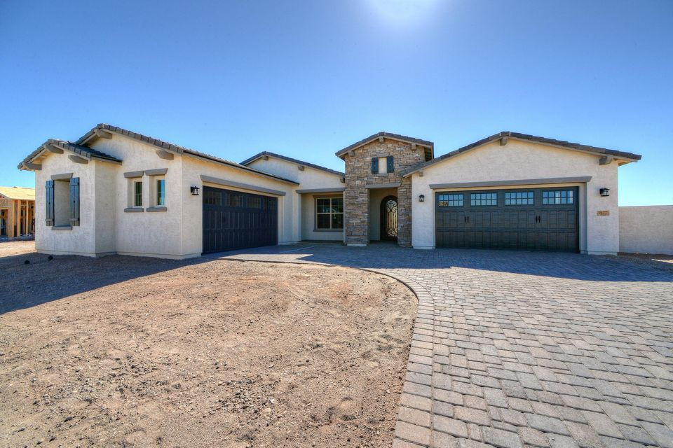 9177 W LOS GATOS Drive, Peoria, AZ 85383