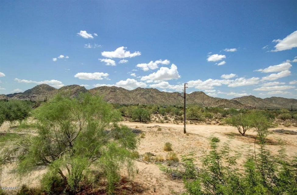 MLS 5567438 2104 S COYOTE Trail, Maricopa, AZ Maricopa Horse Property for Sale