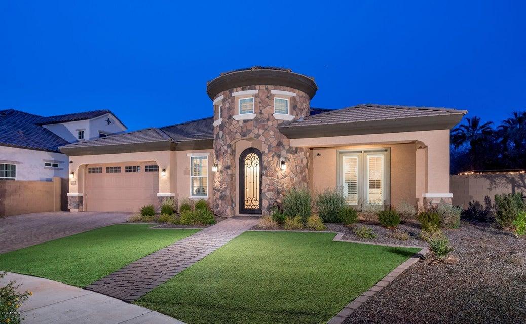 2930 E MINNEZONA Avenue, Phoenix, AZ 85016