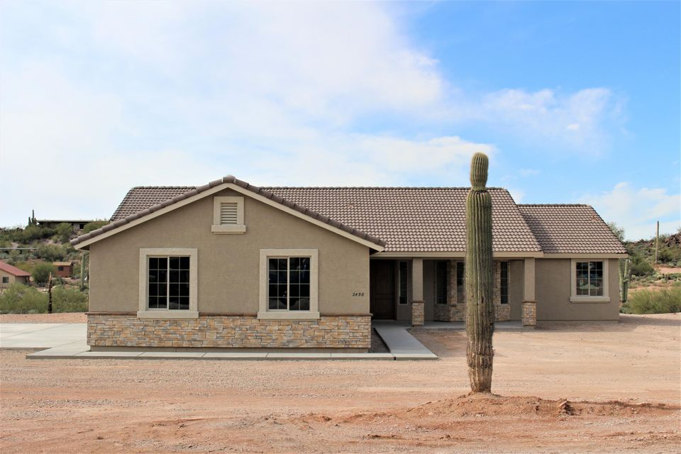 2498 N VAL VISTA Road, Apache Junction, AZ 85119
