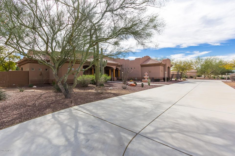 MLS 5565259 19617 W CORTO Lane, Buckeye, AZ 85326 Buckeye AZ One Plus Acre Home