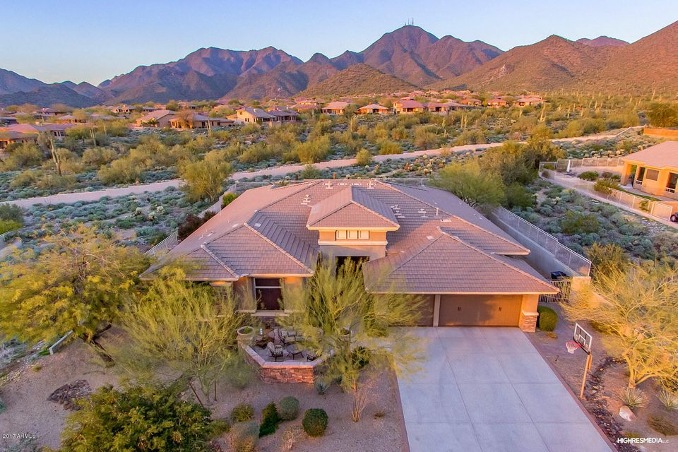 Photo of 11368 E WINCHCOMB Drive, Scottsdale, AZ 85255