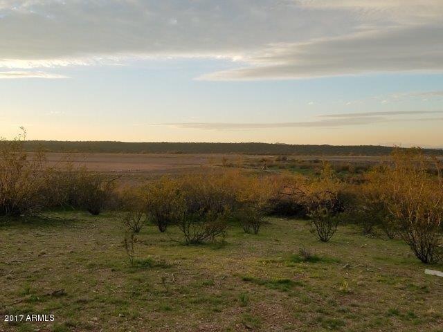 2950 W PERCHERON Road Lot 93, Wickenburg, AZ 85390