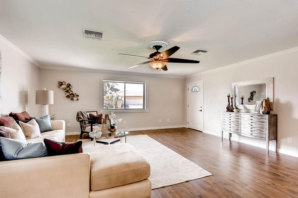 9011 N 13TH Avenue Phoenix, AZ 85021 - MLS #: 5565818