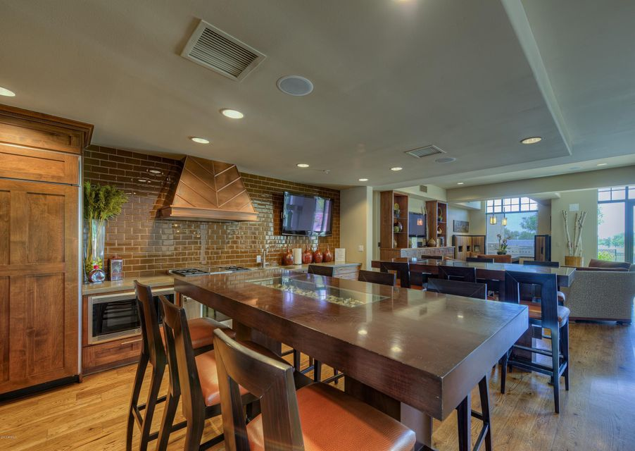 MLS 5562810 8 E BILTMORE Estate Unit 308, Phoenix, AZ 85016 Phoenix AZ Two Bedroom