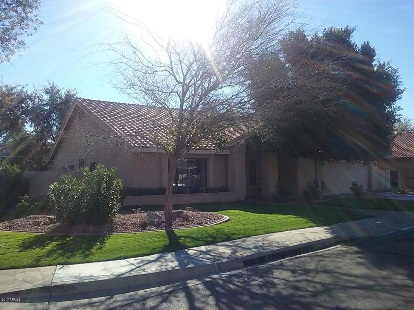 625 S SCALLOP Drive, Gilbert, AZ 85233