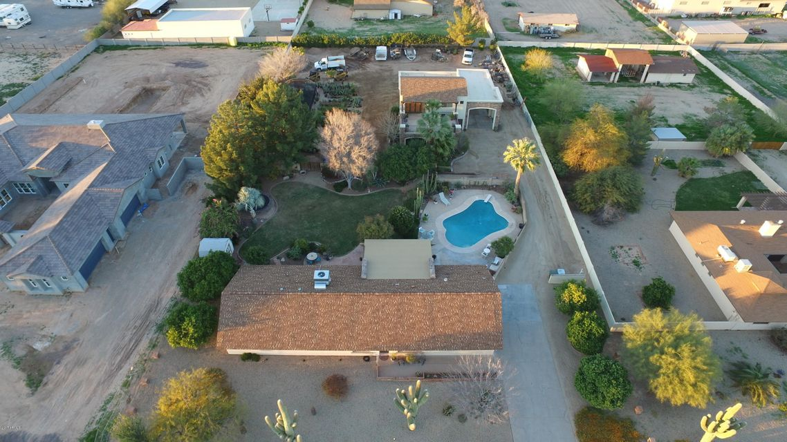 4940 W MISTY WILLOW Lane, Glendale, AZ 85310