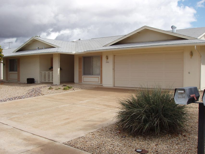 19401 N PALO VERDE Drive, Sun City, AZ 85373