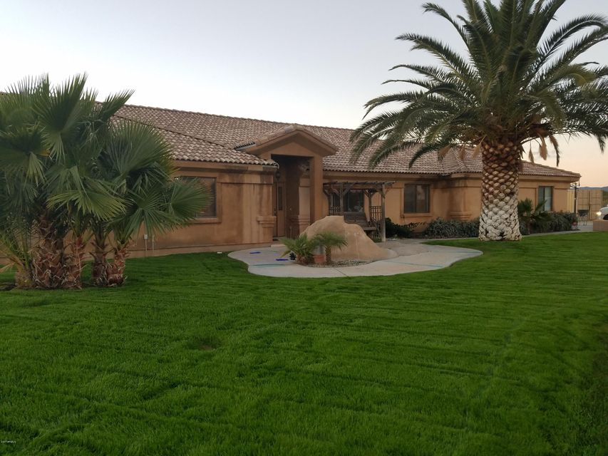 42206 N CASTLE HOT SPRINGS Road, Morristown, AZ 85342