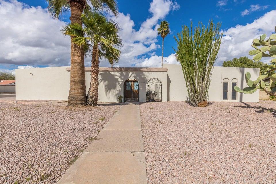 6702 E SWEETWATER Avenue, Scottsdale, AZ 85254