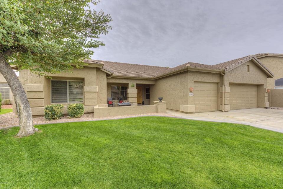4949 E MICHELLE Drive, Scottsdale, AZ 85254