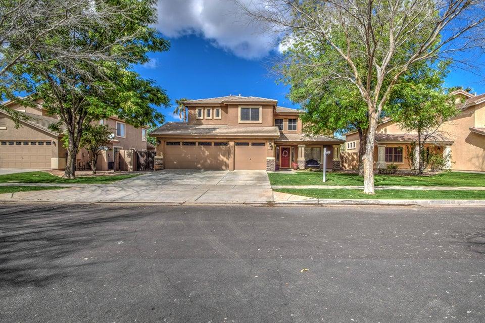 3260 E CULLUMBER Street, Gilbert, AZ 85234