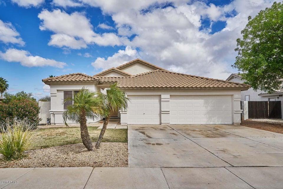 933 S PARKCREST Street, Gilbert, AZ 85296