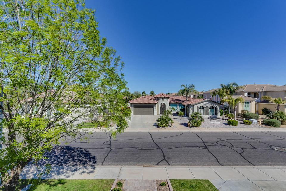MLS 5569821 413 E MEAD Drive, Chandler, AZ Pinelake Estates