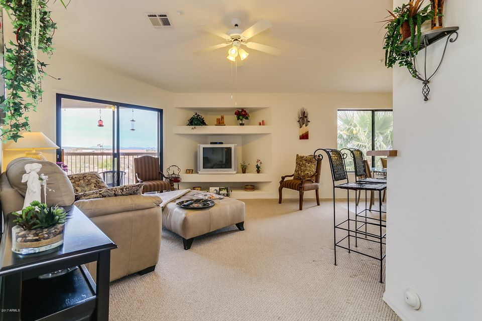 16631 E EL LAGO Boulevard 302, Fountain Hills, AZ 85268