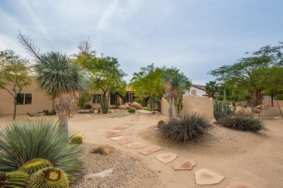 MLS 5571828 2215 N Val Vista Drive, Mesa, AZ Mesa AZ Equestrian