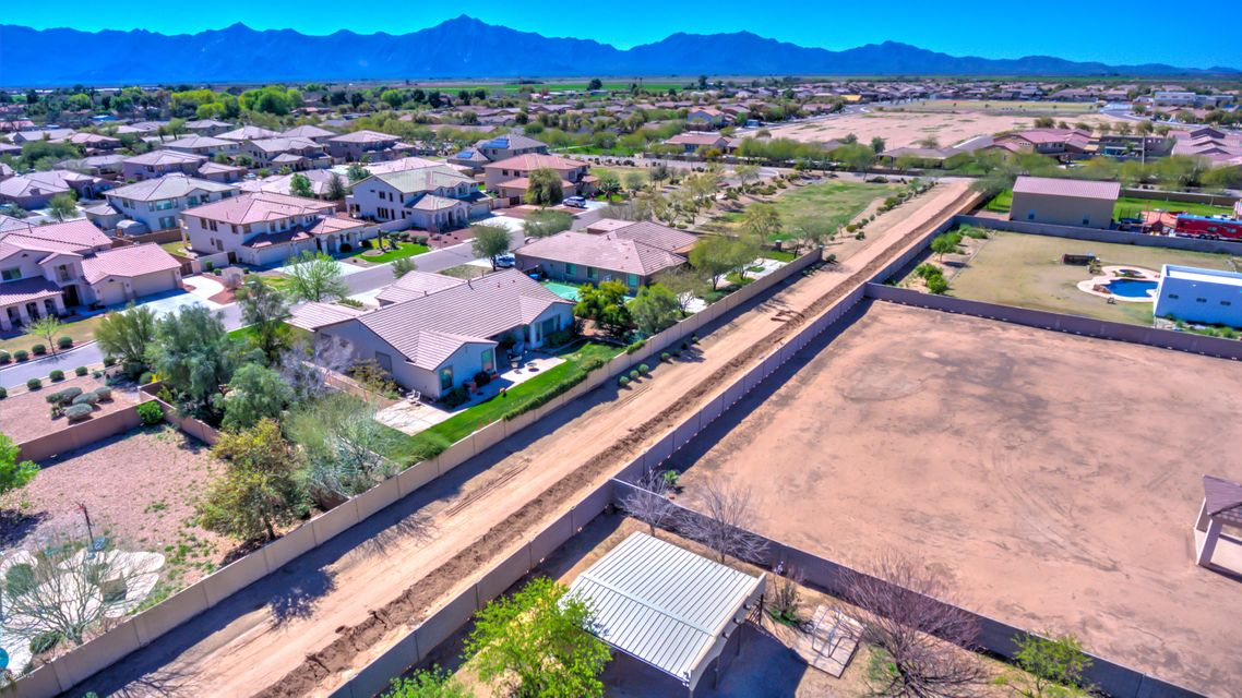 MLS 5570412 5201 W Desert Drive, Laveen, AZ 85339 Laveen AZ One Plus Acre Home
