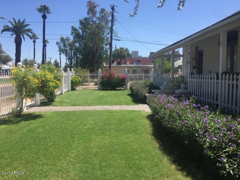 1019 W WOODLAND Avenue, Phoenix, AZ 85007