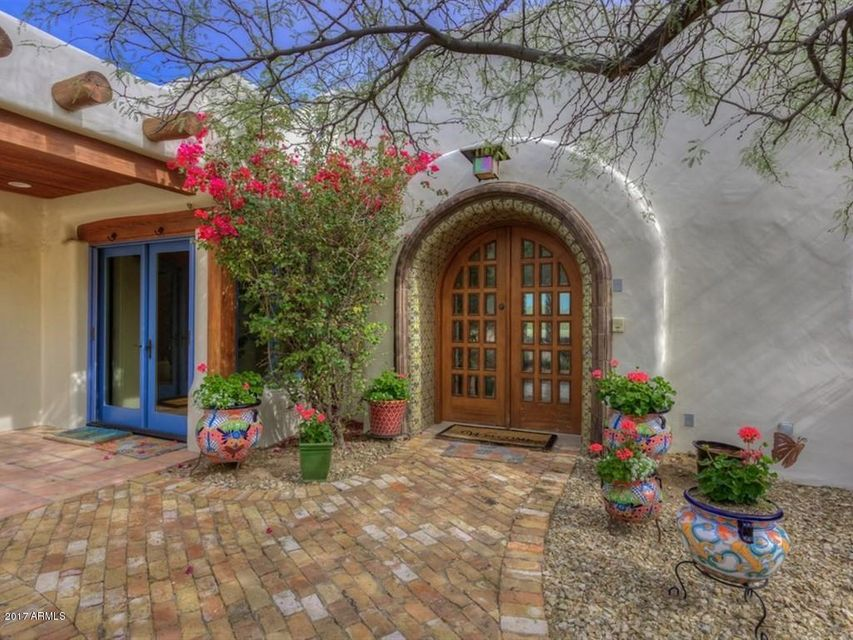 8001 N MOHAVE Road, Paradise Valley, AZ 85253