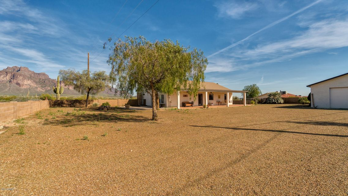 MLS 5572815 3165 E SHIPROCK Street, Apache Junction, AZ Apache Junction AZ Private Pool