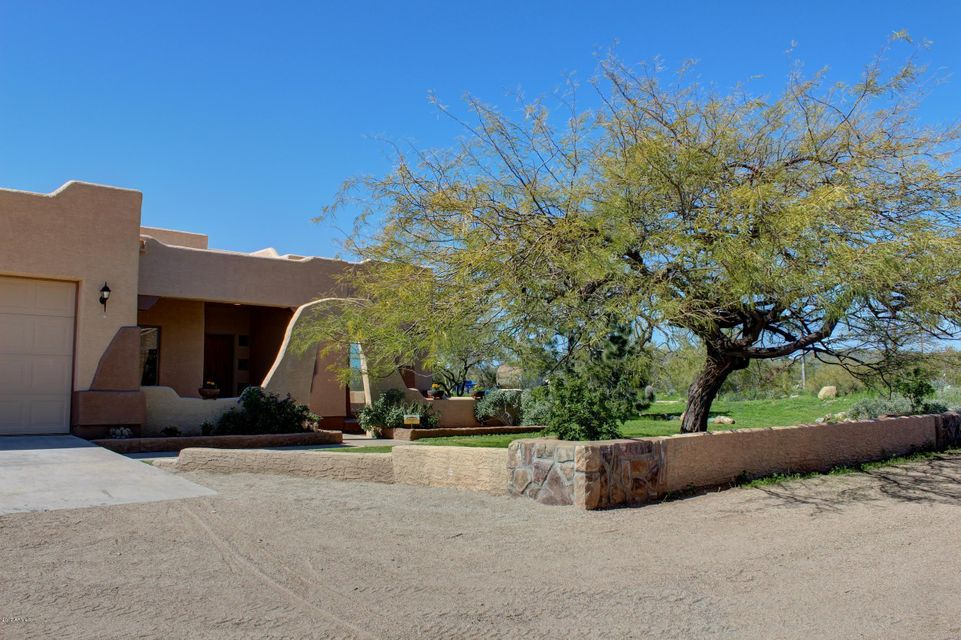4143 W DEVIL SPRINGS Road, New River, AZ 85087