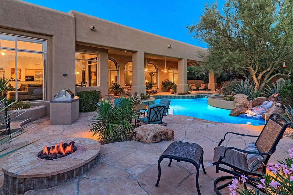 8300 E Dixileta Drive 233, Scottsdale, AZ 85266