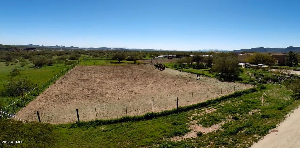 MLS 5573224 4143 W DEVIL SPRINGS Road, New River, AZ New River AZ Equestrian