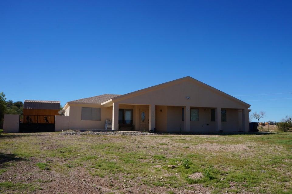 2625 W AGUILA Drive, Wickenburg, AZ 85390