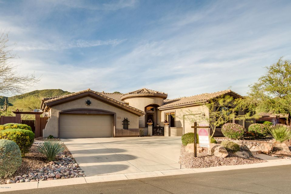 1902 W PUMPKIN RIDGE Drive, Anthem, AZ 85086