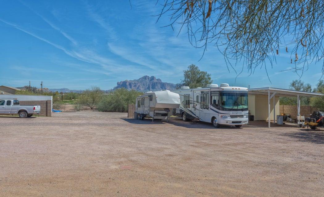 4443 N SAGUARO Drive, Apache Junction, AZ 85120